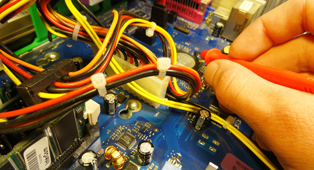 PC Reparatur Motherboard Messungen